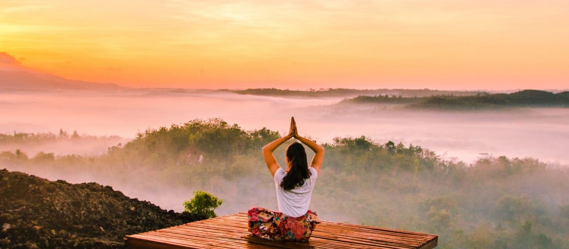 meditation-mountain-view